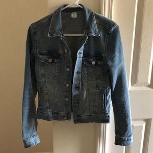 H&M denim jacket size 6